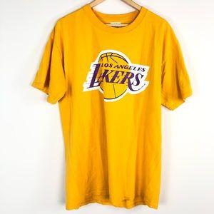 LA Lakers Worthy 42 NBA T-Shirt
